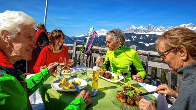 Schnee, Sonne, Milde - Wintersportlerherz, was willst du mehr? (Bild: Steiermark Tourismus / ikarus.cc)