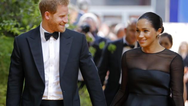 """Prinz Harry und Herzogin Meghan bei der Premiere des Disney-Streifens """"König der Löwen"""" in London (Bild: AFP)"""