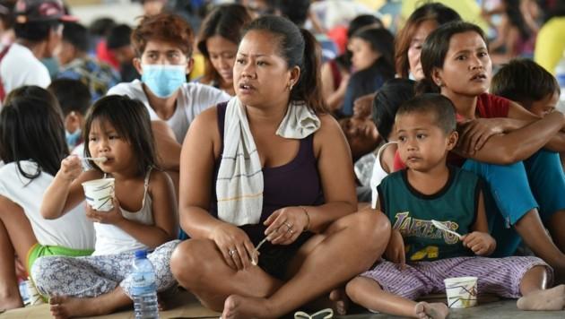 Diese Menschen wurden in Sicherheit gebracht. (Bild: AFP)