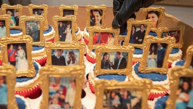 Cupcakes mit Familienfotos von Prinz William und Herzogin Kate (Bild: AP)