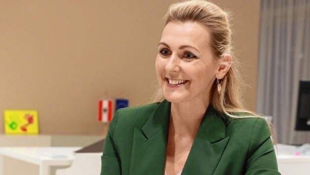 Arbeitsministerin Christine Aschbacher (ÖVP) (Bild: Zwefo)