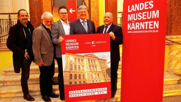 LH Kaiser, Igor Pucker und das Projektteam versprechen neuen Glanz für das alte Gemäuer. (Bild: Rojsek-Wiedergut Uta)