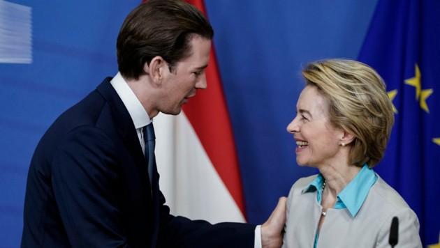Ursula von der Leyen versteht sich prächtig mit Bundeskanzler Sebastian Kurz (Bild: AFP)