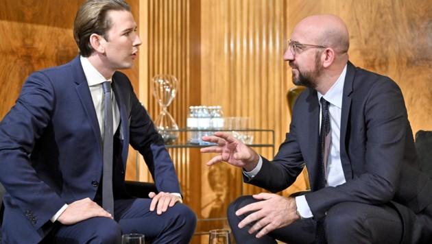 Sebastian Kurz mit EU-Ratspräsident Charles Michel (Bild: APA/HERBERT NEUBAUER)