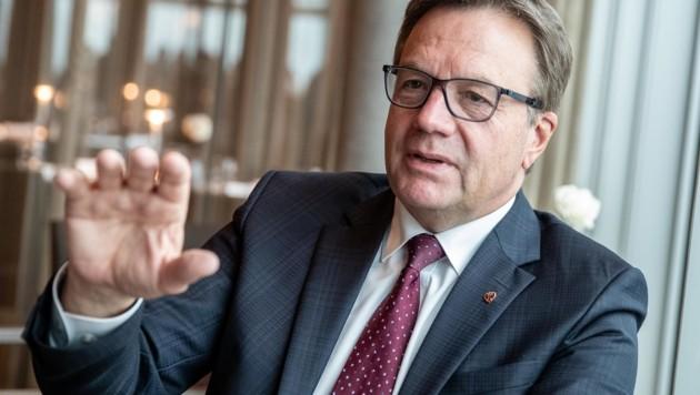 """""""Ich lasse die Frauen nicht im Stich"""", betonte Günther Platter. (Bild: EXPA)"""