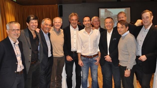 Primar Robert Siorpaes bei der Abschlussfeier im Kreise von Kollegen und Freunden. (Bild: Albin Ritsch)