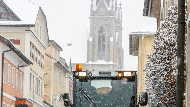 Über St. Johann im Pongau legte sich am Samstag ein wenig Schnee. (Bild: Gerhard Schiel)