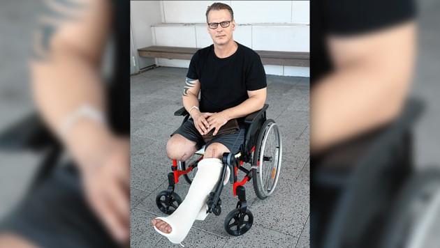 Philipp L. kämpfte ums Überleben, ein Bein wurde amputiert. (Bild: Peter Tomschi, krone.at-Grafik)