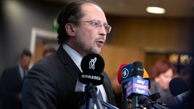 """Außenminister Alexander Schallenberg stellt sich gegen die Idee des EU-Außenbeauftragten, die Mittelmeer-Mission """"Sophia"""" wiederaufzunehmen. (Bild: AP)"""
