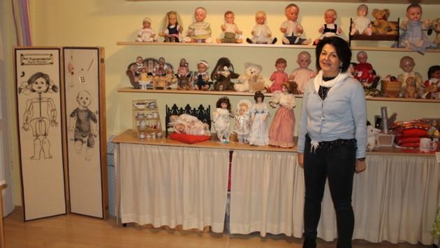 Karin Haider in ihrem Geschäft. (Bild: Viktoria Graf)