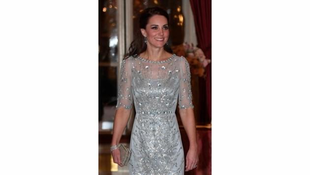 Herzogin Kate in eine Kleid von Jenny Packham (Bild: AFP)