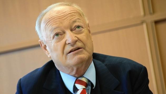 ÖVP-Urgestein Andreas Khol wird heute 80 und will von Ruhestand nichts wissen. (Bild: Uta Rojsek-Wiedergut)