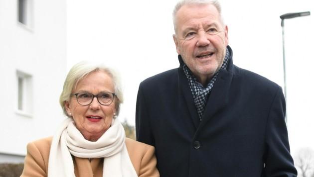 Wiener Neustadts Bürgermeister Klaus Schneeberger (ÖVP) erreichte bei den Gemeinderatswahlen 2020 ein historisches Ergebnis für die ÖVP. (Bild: APA/HELMUT FOHRINGER)