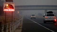 Auch Australiens Hauptstadt Canberra ist durch die riesigen Brände bedroht. (Bild: AP)