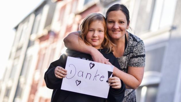 Leni mit ihrer Mutter Silke Sedlak, (Bild: Markus Wenzel)