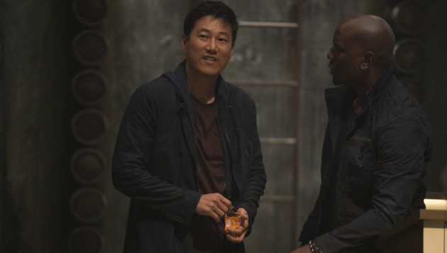 Der zurückgekehrte Han (Sung Kang) und Roman (Tyrese Gibson) (Bild: © 2020 UNIVERSAL STUDIOS)