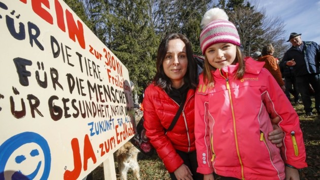 Die Koppler lassen sich nicht kleinmachen: Corina mit Martina (Bild: Tschepp Markus)