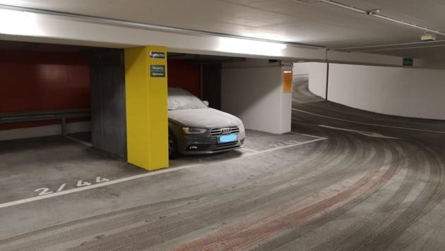 Es entstand ein hoher Sachschaden am Audi A4 Avant (Bild: Markus Tschepp)
