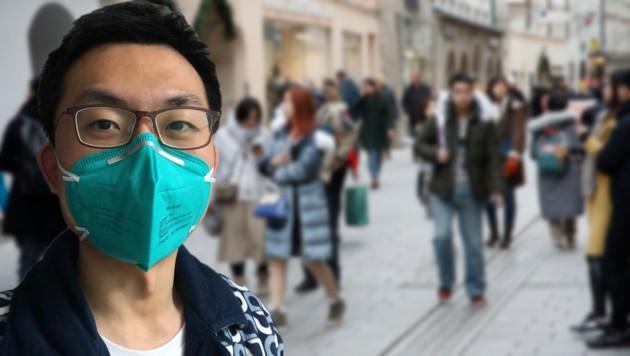 Felix Zhang trägt immer noch eine Maske, arbeitet aber wieder im Unternehmen. (Bild: Markus Tschepp)