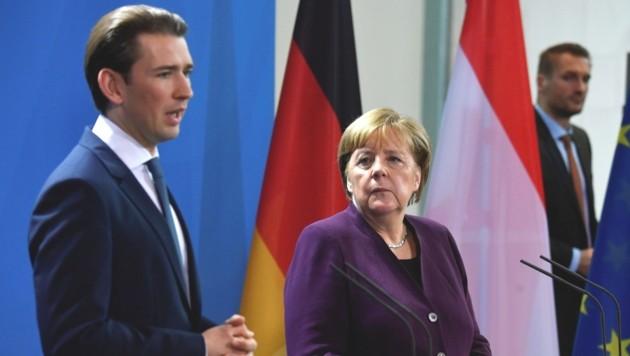 Was die Rettungsaktionen von Flüchtlingen im Mittelmeer betrifft, waren sich Kurz und Merkel uneinig. (Bild: AFP)