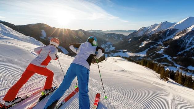 Herrliche Aussichten. Ins Tal - und in den Monat Februar (Bild: Steiermark Tourismus / ikarus.cc)