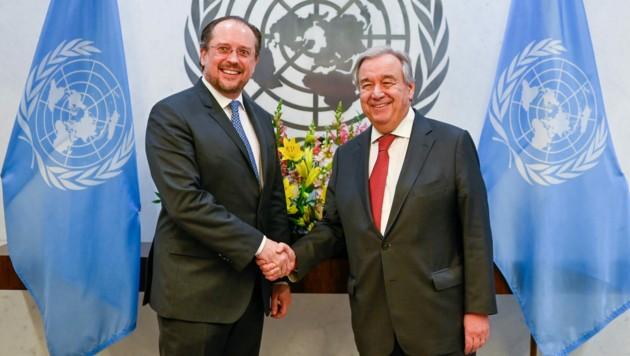 Außenminister Alexander Schallenberg (ÖVP) und UNO-Generalsekretär Antonio Guterres (Bild: APA/BMEIA/MICHAEL GRUBER)