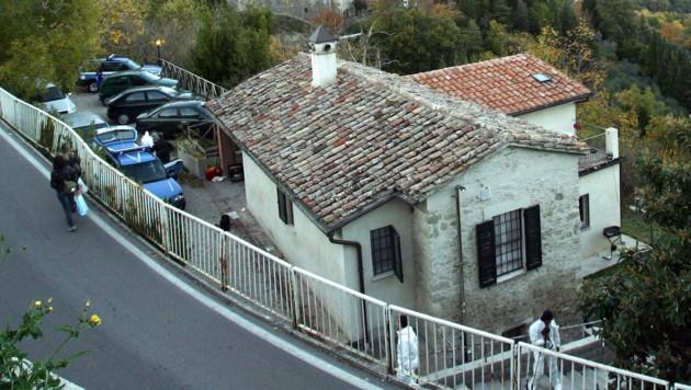 In diesem Haus in Perugia ist Meredith Kercher ermordert worden. (Bild: AFP)