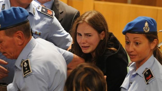 Amanda Knox nach ihrem Freispruch im Jahr 2011, das letztinstanzliche Urteil folgte dann vier Jahre später. (Bild: AFP POOL)