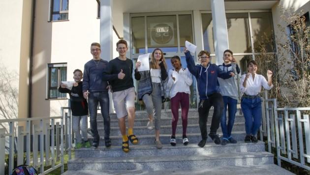 Motiviert starten die Schüler des Herz-Jesu Gymnasiums in die freien Tage. (Bild: Tschepp Markus)