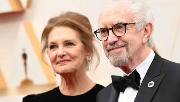 Jonathan Pryce mit Ehefrau Kate Fahy (Bild: AFP)