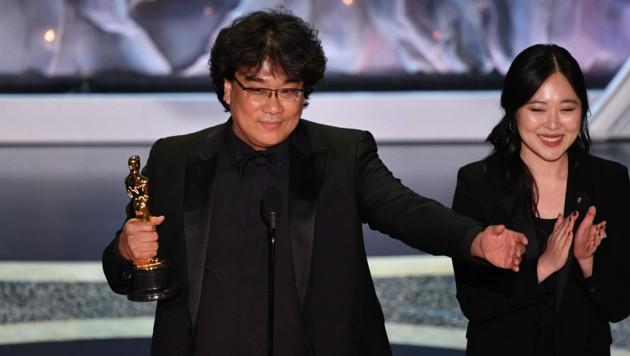 """Regisseur Bong Joon-ho durfte sich gleich über mehrere Oscars für seinen Film """"Parasite"""" freuen. (Bild: AFP)"""