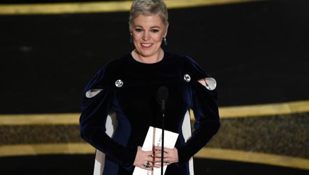 """Olivia Colman präsentierte den Gewinner in der Kategorie """"Bester Hauptdarsteller"""". (Bild: Chris Pizzello/Invision/AP)"""