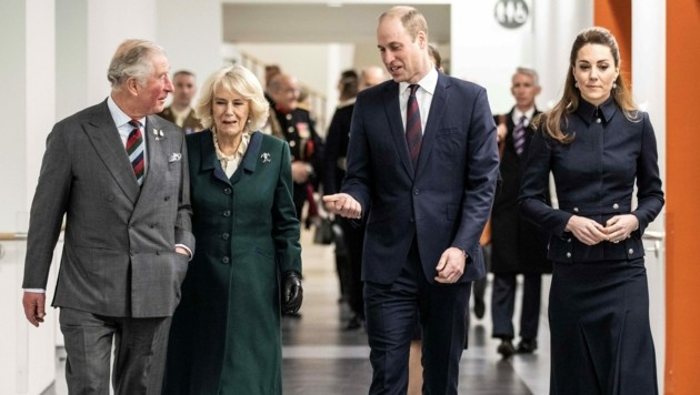 Prinz Charles, Herzogin Camilla, Prinz William, Herzogin Kate (Bild: APA/Richard Pohle / POOL / AFP)
