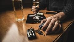 Viele Lenker greifen auch noch berauscht zum Autoschlüssel. (Bild: ©DedMityay - stock.adobe.com)