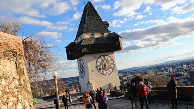 Unter dem Uhrturm in Graz ist das Wohnen in der Steiermark am teuersten. (Bild: Christian Jauschowetz)