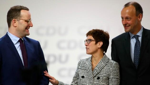 """Wer wird Nachfolger von """"AKK""""? Gesundheitsminister Jens Spahn (l.) und Friedrich Merz (r.) haben ihre Kandidatur für den Parteivorsitz bereits angekündigt. (Bild: AFP)"""