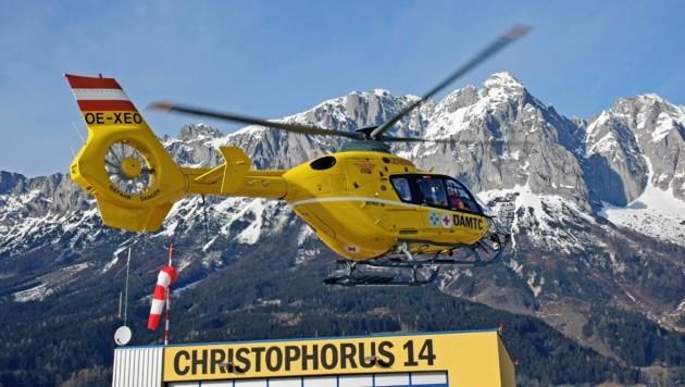 Der Christophorus 14 war im Einsatz. (Bild: Kronen Zeitung)