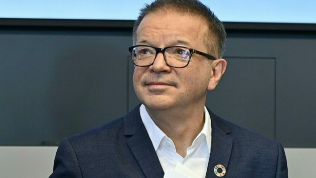 Sozialminister Rudolf Anschober (Grüne) (Bild: APA/HERBERT NEUBAUER)