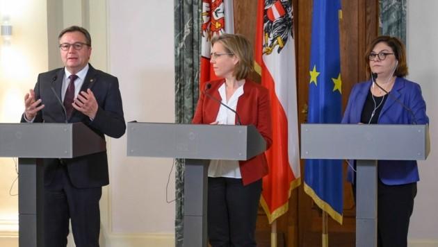 Landeshauptmann Platter, Ministerin Gewessler, EU-Verkehrskommissarin Adina Valean (Bild: Land Tirol)