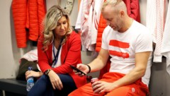 Christina Toth mit Davis-Cup-Kapitän Stefan Koubek (Bild: GEPA)