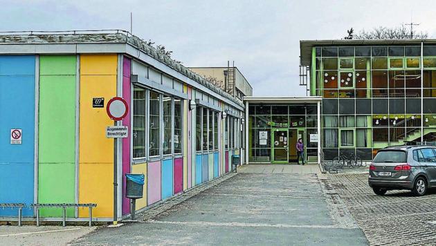 Die Schüler der VS 44 in Pichling stehen ab 2021 ohne Schule da – nun ist eine Umsiedlung angedacht. (Bild: © Harald Dostal)