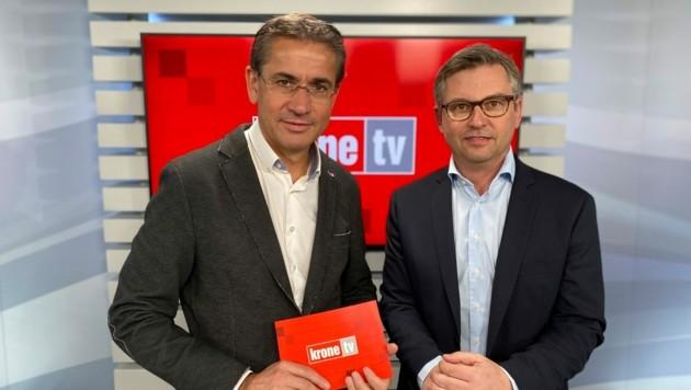 Gerhard Koller im Talk mit Staatssekretär Magnus Brunner (Bild: krone.tv)
