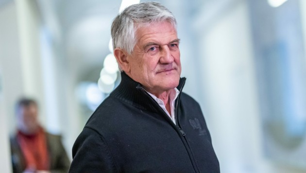 Dem ehemaligen Langlauftrainer wurde vorgeworfen, von 2012 bis 2019 Sportler beim Dopen unterstützt zu haben. (Bild: APA/EXPA/JOHANN GRODER)