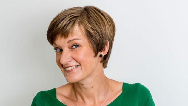 Leonora Leitl aus Gramastetten bekommt den Kinder- und Jugendbuchpreis 2020. (Bild: Julia C. Hoffer)