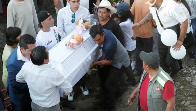 Die Beerdigung der kleinen Fatima (7) (Bild: AP)