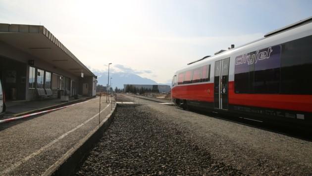 Der Bahnhof in Eis bei Ruden soll am 7. Mai diesen Jahres für immer geschlossen werden. (Bild: Hronek Eveline)