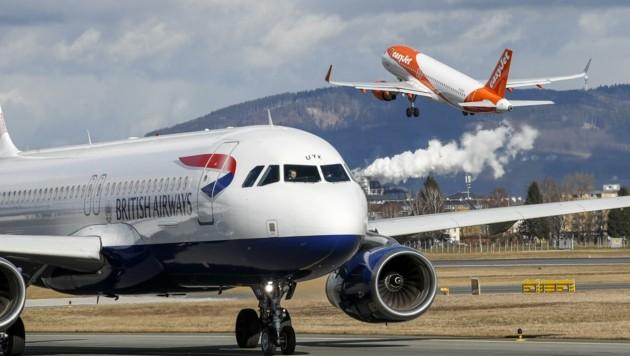 Fliegender Wechsel am Flughafen Salzburg (Bild: Tschepp Markus)