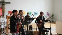 Die Rockband um Pfarrer Deibler. (Bild: Deibler)