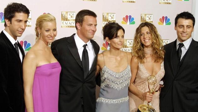 """Die sechs """"Friends"""" kehren wieder zurück: David Schwimmer (Ross), Lisa Kudrow (Phoebe), Matthew Perry (Chandler), Courteney Cox (Monica), Jennifer Aniston (Rachel) und Matt LeBlanc (Joey). (Bild: AFP)"""