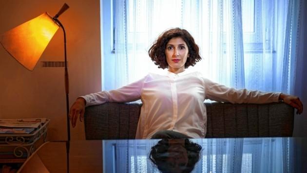 Die Schriftstellerin Nava Ebrahimi präsentiert ihren zweiten Roman (Bild: Peter Rigaud/Shotview)